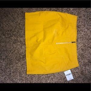 Mustard colored skirt